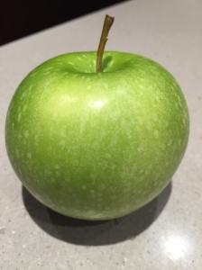 Apple =10 Carbs